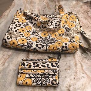 Vera Bradley pocket book and wallet